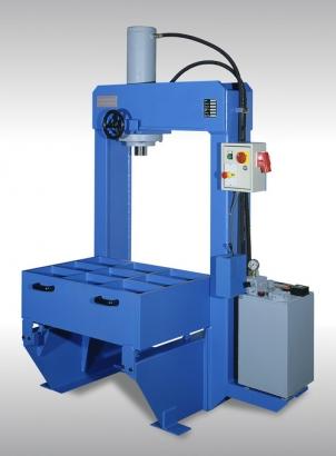 Hydraulic Press / Model PBM